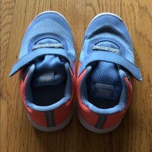 Nike little kids size 9C